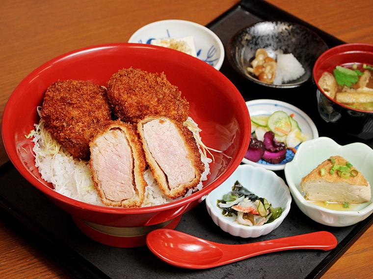 「大名ソースかつ丼(ヒレ)」(1,320円)