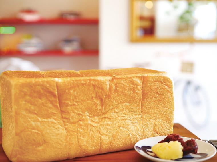 伊勢神宮奉納品の高級食パン「い志かわ」(2斤1,000円)