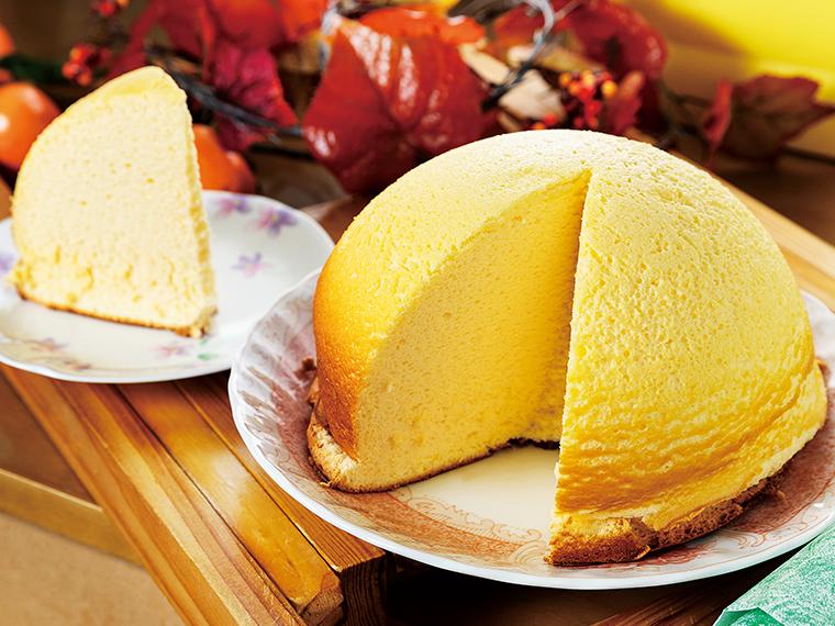 2012年から販売しているズコットチーズケーキ1,200円。直径18cmの大きなドーム型。見た目のインパクトも楽しくて心が躍る