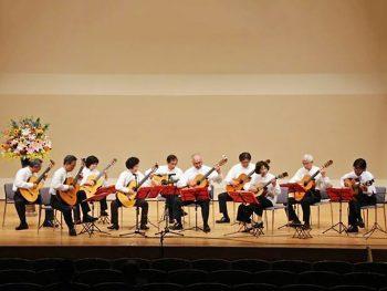 「聖光学院ハンドベル部」、「福島ギター合奏団」による冬の音楽