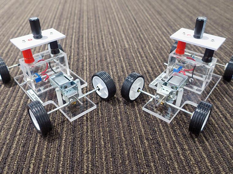 「福島県環境創造センター」は「発電!ミニカーレース」で出展!手回し発電でレースに参戦しよう