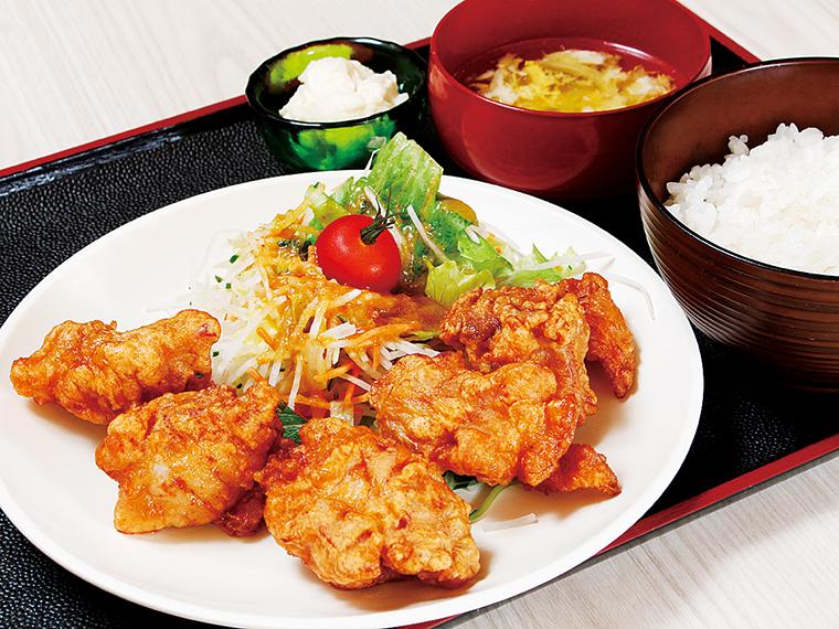 「からあげ定食」(660円)