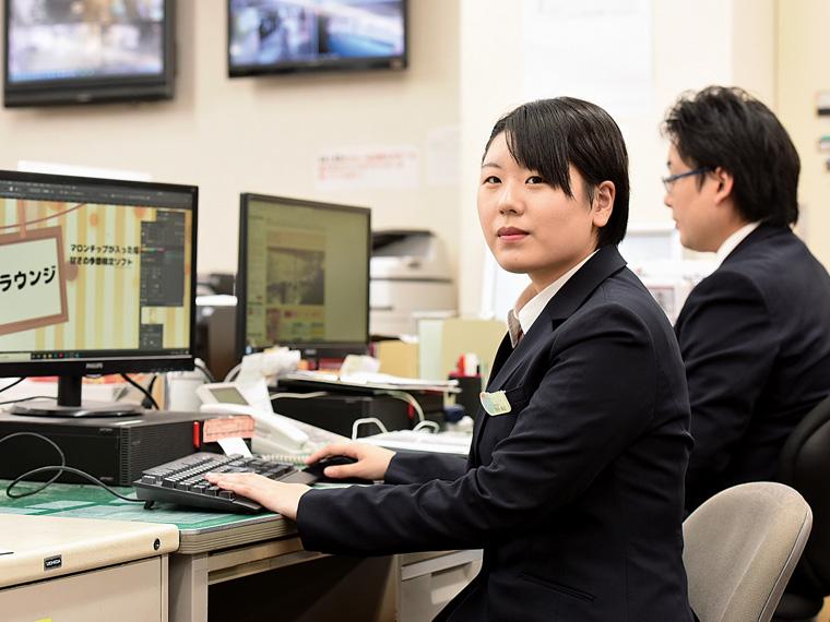 営業販売促進の仕事内容は多岐にわたる。パソコンをツールとして使える技術は必須だ