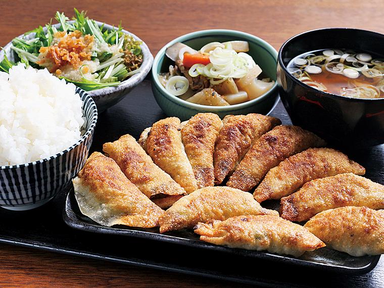 「餃子セット」(1,320円)※なくなり次第終了、平日(月〜金曜日)のみ提供