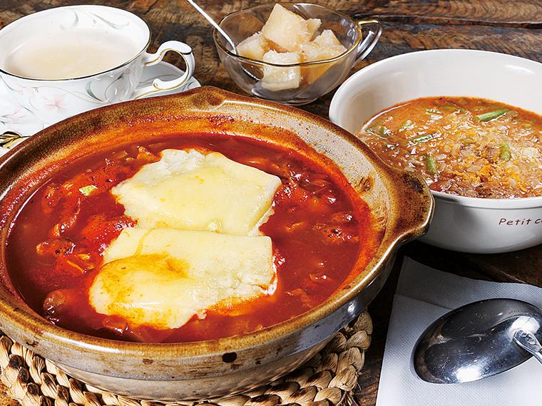 「アフリカ鍋」(1,500円)※ライスはチャパティに変更可