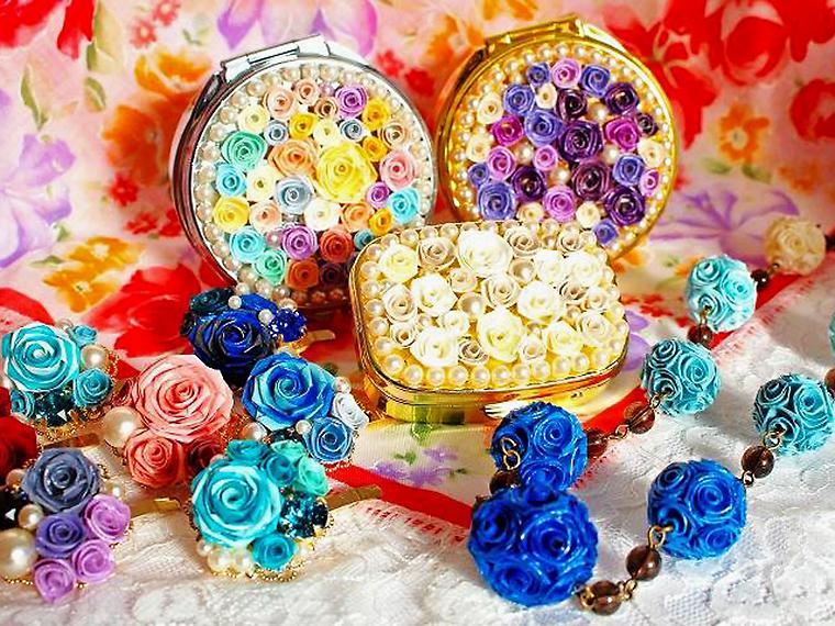 紙でバラを作る「鏡花水月」による「ロザフィワークショップ」