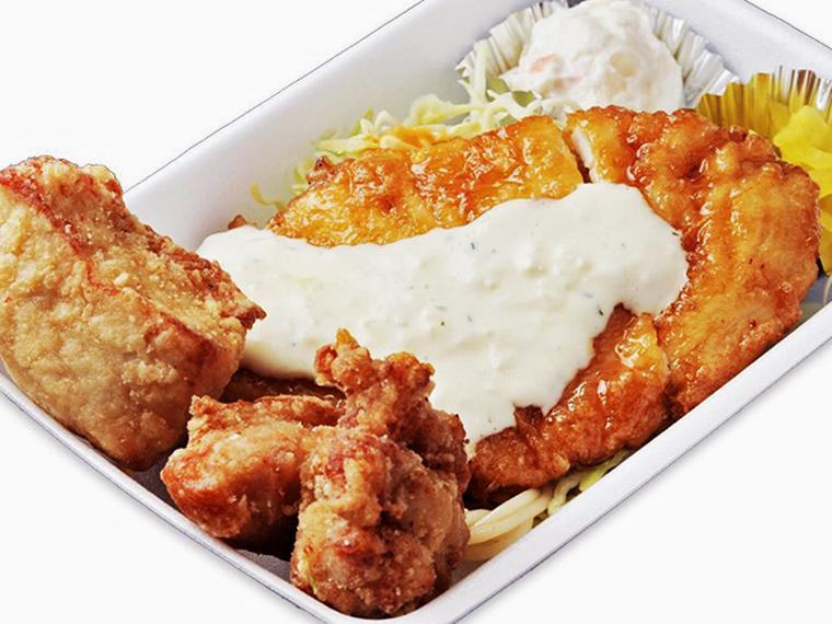 「鶏笑弁当」(700円)。ライスの大盛りは無料で、米は「天のつぶ」を使用