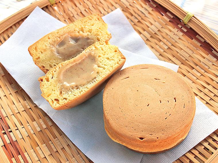 冬季限定「ピーナッツきんつば」(1個・160円)一口かじると、とろとろのピーナッツクリームの優しい甘さが広がる