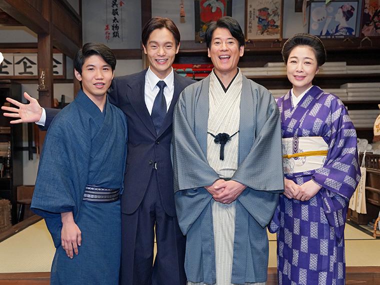 スタジオのセットは福島の呉服屋「喜多一(きたいち)」(1930年8月設定)。裕一の父・古山三郎(唐沢寿明)が4代目を受け継いだ、福島県下有数の老舗呉服屋だ