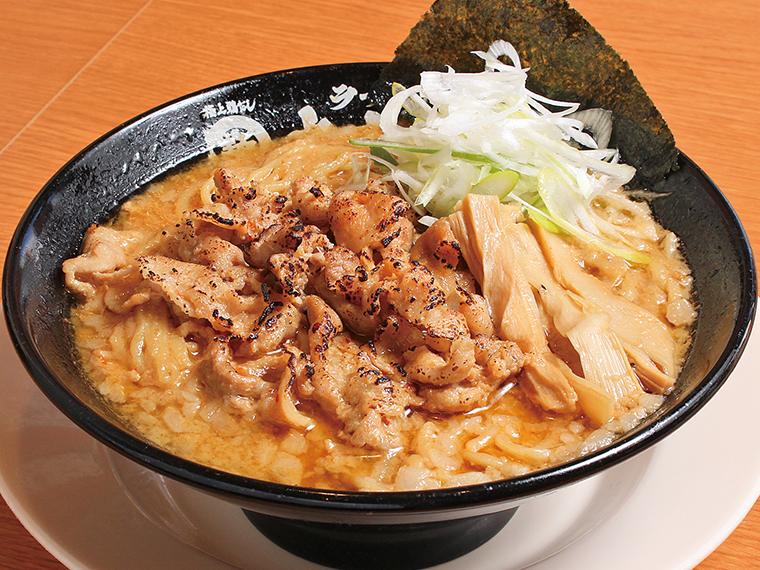 「炙り肉味噌麺」(715円)