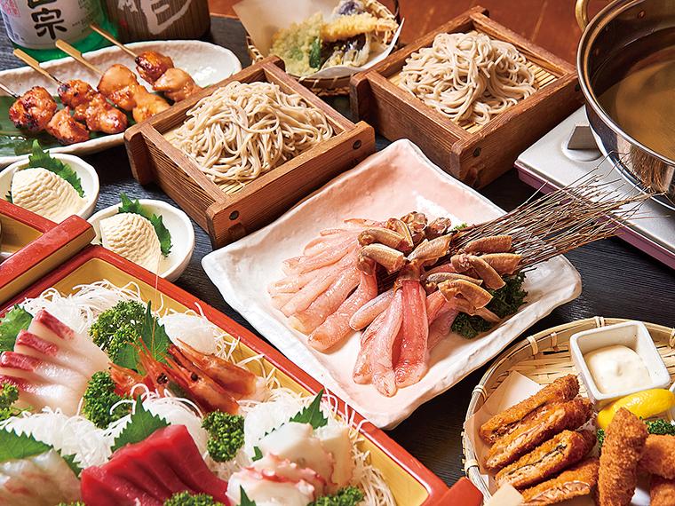 宴会コースの料理一例。そば屋ならではの自家製ダシは、旨味が染み込んで絶品!