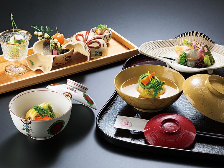 旬の食材を丁寧に仕上げる日本料理に舌鼓を。写真は料理の一例(イメージ)