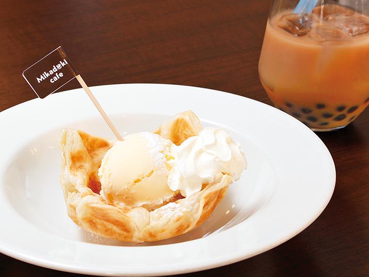 18【カフェ 三日月】三日月アイスパイ&タピオカドリンクセット(通常1,078円)