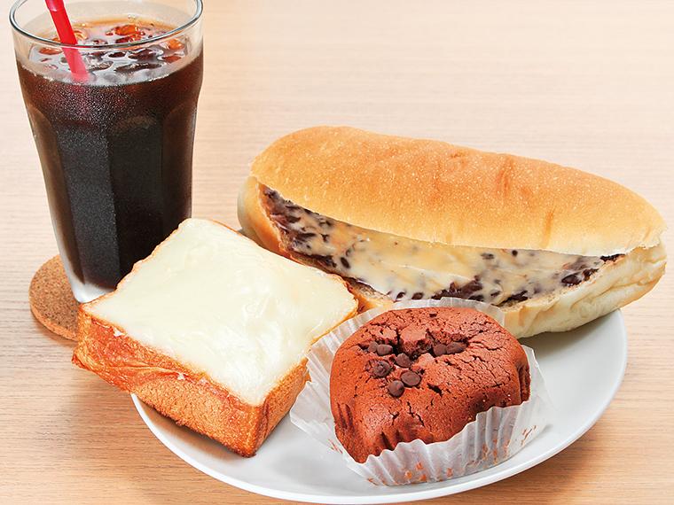 32【sweet bakery Rusk(ラスク)】イチオシ3品とコーヒーのセット(通常イートイン726円~、テイクアウト713円~)