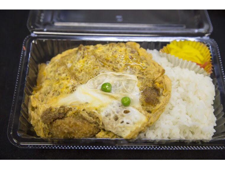 【マルイチ 神田軒】丼もの、中華など