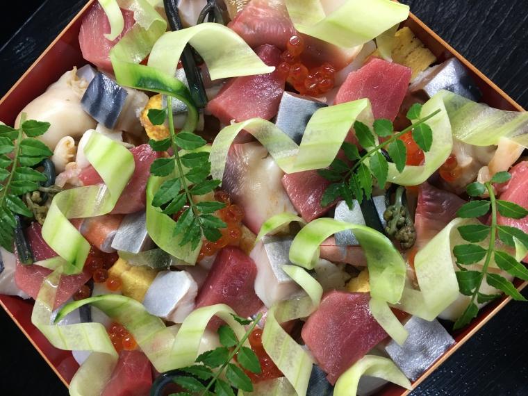 【会席料理 南風亭】海鮮ちらし寿司