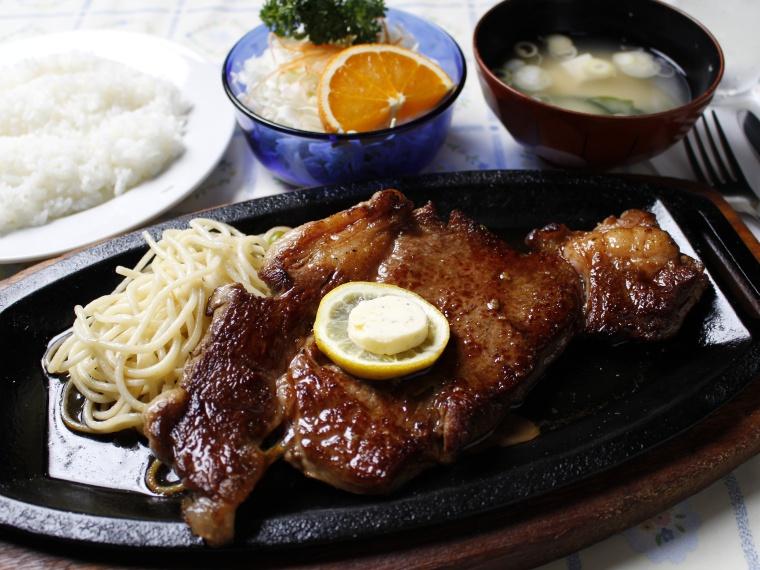 【菊原キッチンカロリー】日替わりランチ、ステーキなど