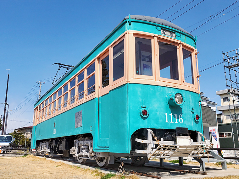 かつて福島市や旧伊達郡を走っていたチンチン電車。この車両は伊達市保原町に展示されているもの(動きません)。見ているだけでノスタルジーに浸れます
