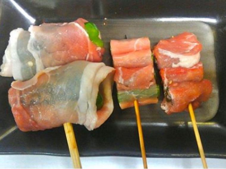 【酒夢来 忠司(サムライ ちゅうじ)】サムライ巻き(肉巻きおにぎり)、焼き魚など