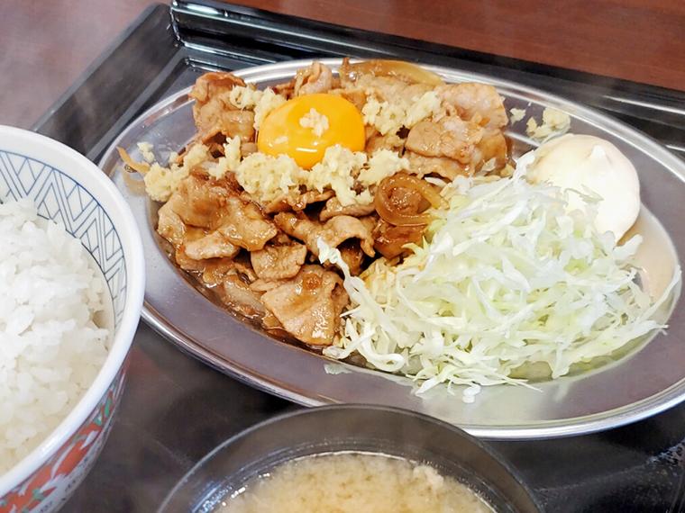 豚バラ生姜焼定食(550円)