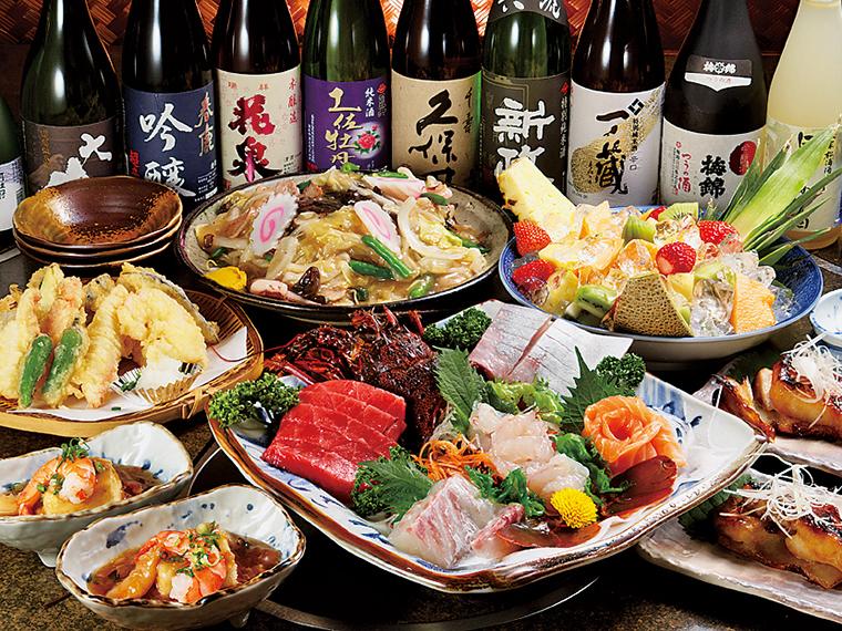 宴会コースの一例。各種日本酒も取り揃えている。魚介の旨みをたっぷり味わえる