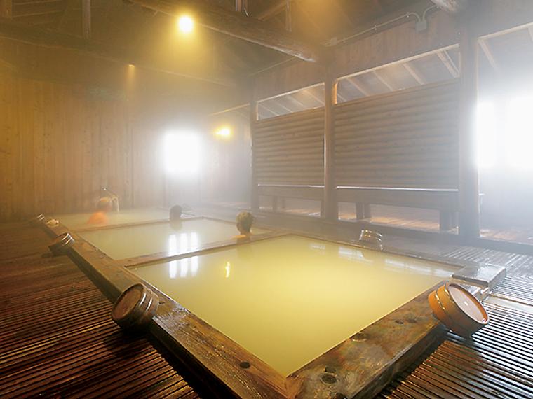 3つの浴槽の温度が違う「千寿の湯」