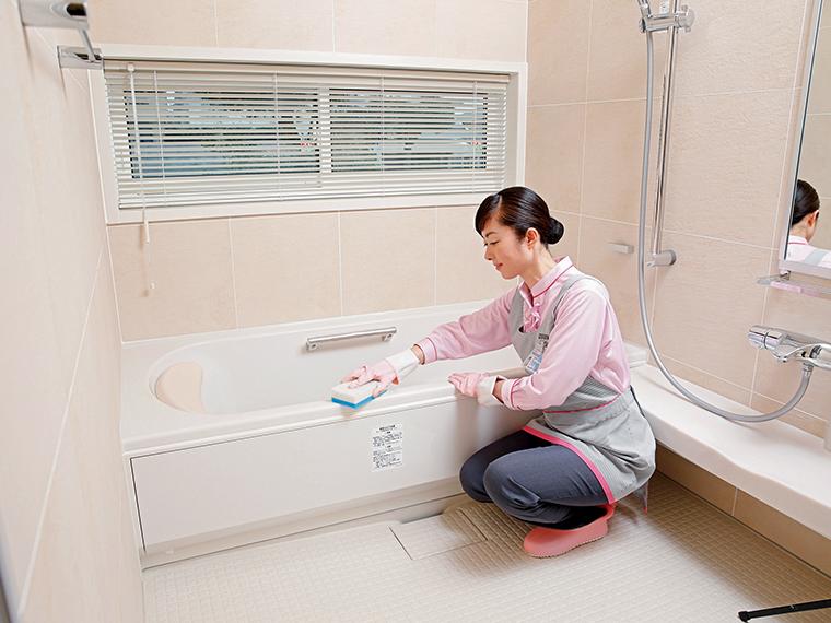 すみずみの汚れまで落とす浴室クリーニング