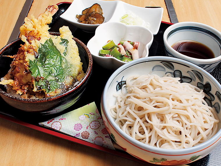 「えび天丼セット」(800円)