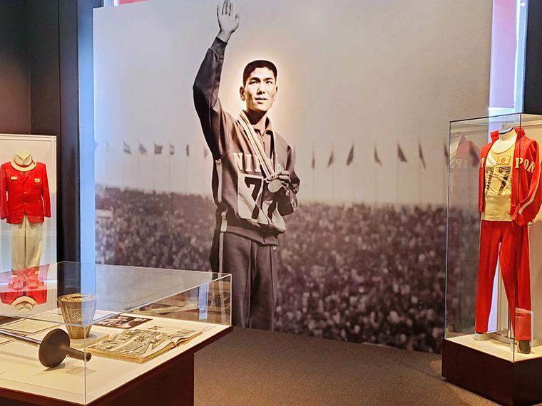 「円谷幸吉メモリアルホール」には陸上ファン必見の品々が!若すぎる彼の死について考えさせられる展示物も。館内で流れる映像などを見ていると、大河ドラマ「いだてん」の記憶が蘇りました…