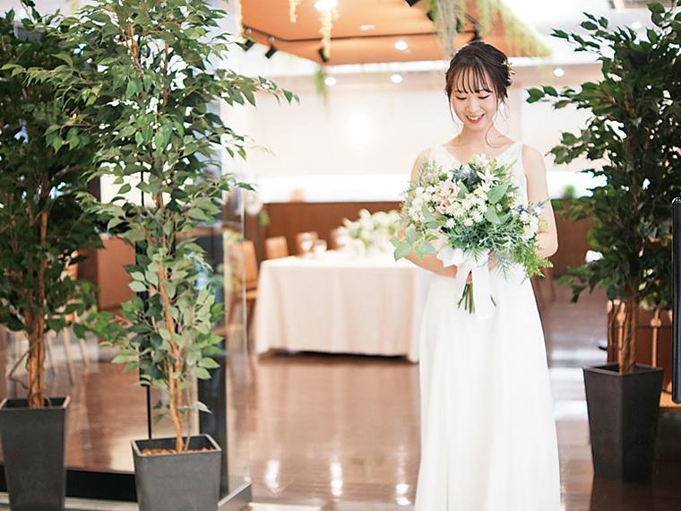 「飾り付けも全部自分たちで行うような自由な結婚式がしたい!」という要望にも応える。まずは問い合わせを