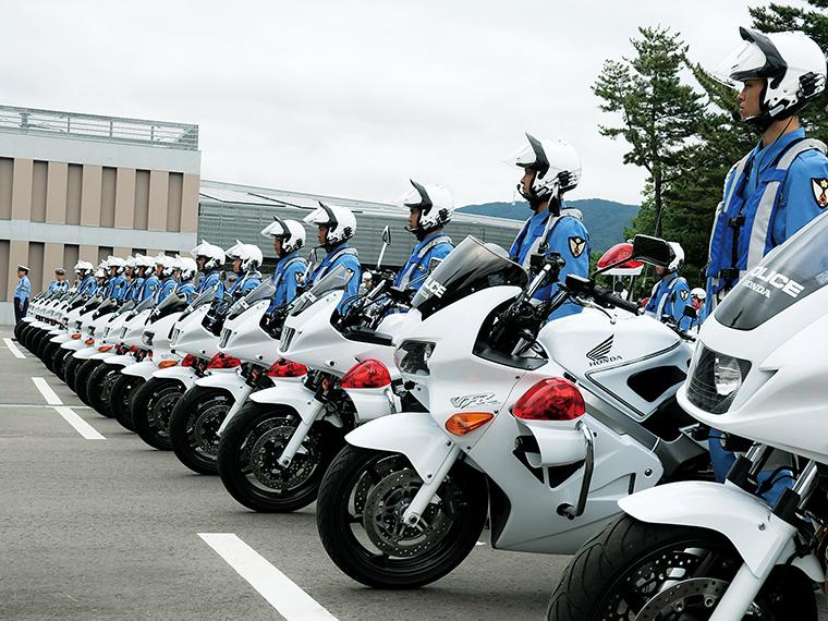 交通指導取締りや、交通事件事故捜査等を行う交通警察