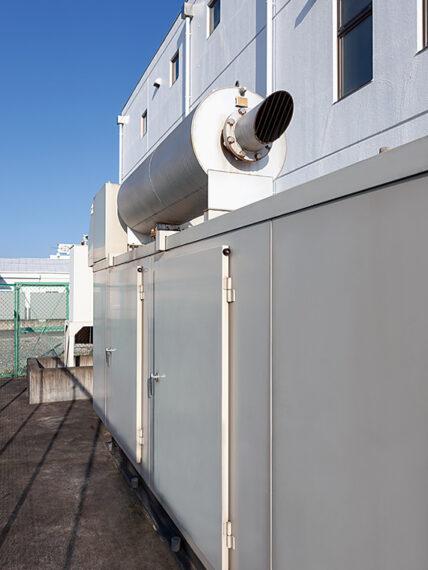自家発電機も完備し、大切なデータを万全の体制で管理しているので、震災時もサービスを止めることなく運用ができたという