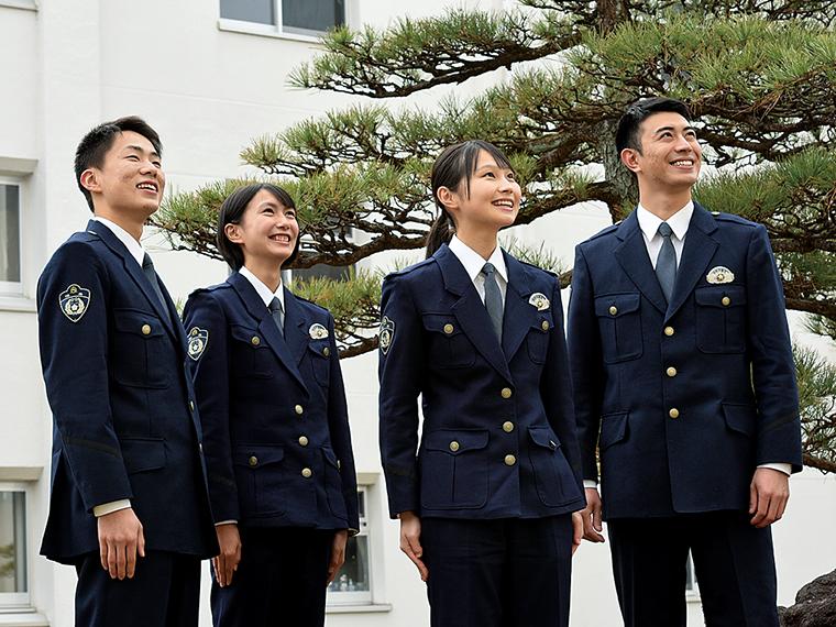 警察学校では、全寮制の集団生活を通じ、同期生との絆や連帯意識を感じることができる