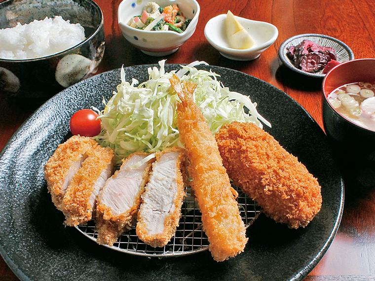 「ミックス定食」(950円)