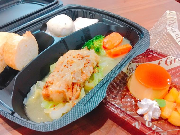 【SUZU 農家のレストラン】コース料理、焼き菓子など