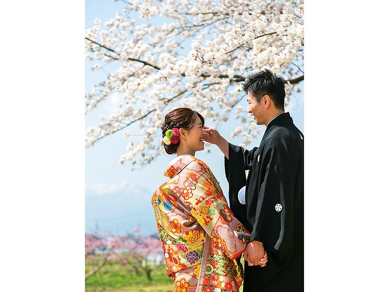 桜ロケーションフォト受付中!『プリマリ』近くの桜づつみ公園での撮影も人気