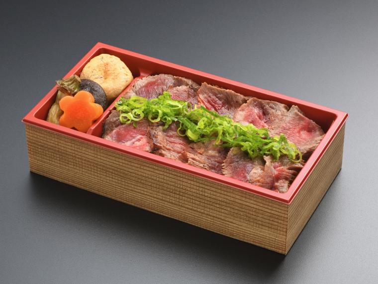 味もボリュームも大満足!彩り豊かな「福島県産牛ステーキ弁当」