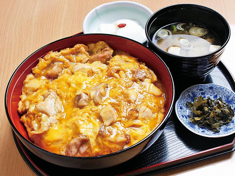 「炙り親子丼」(1,300円)※提供は11:00〜14:00