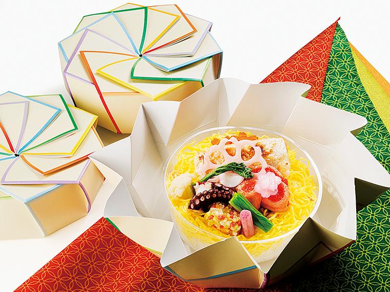 日替わりで楽しめる釜飯やすき焼き弁当(1,350円~)