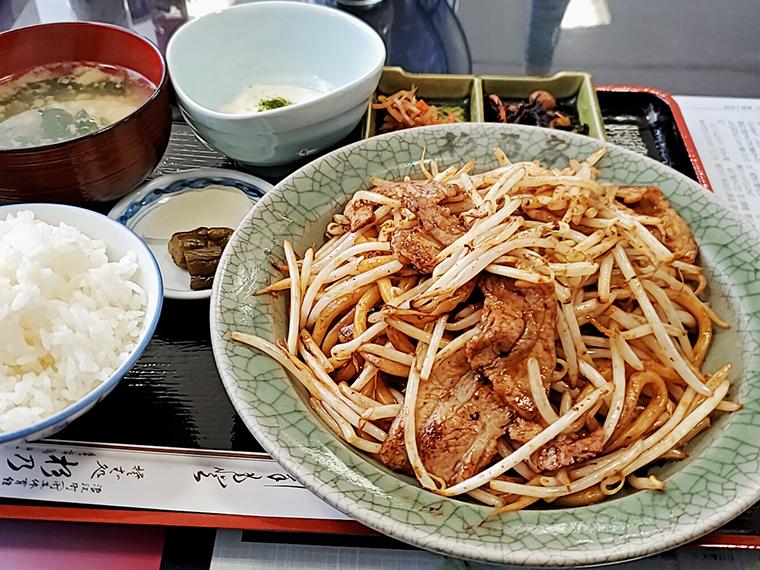 満足満腹な「なみえ焼そば定食」(870円)