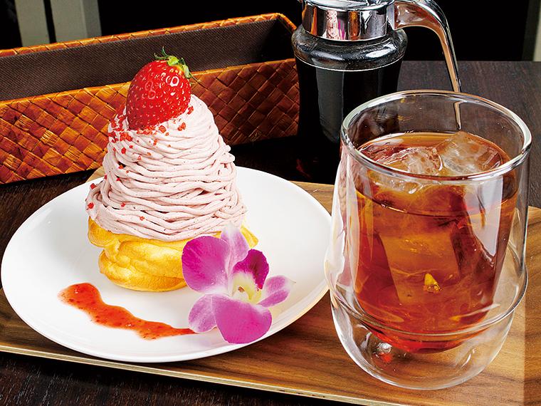 【PANCAKE CAFE CANDY-DO(キャンディ・ドゥ)笹谷本店】イチゴモンブランパンケーキ