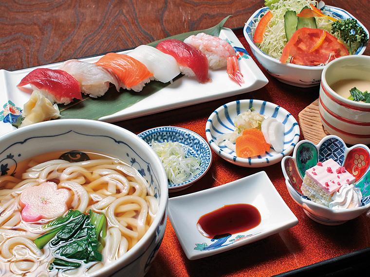 「握り寿司そばセット」(1,640円) ※月〜金曜日(祝日を除く)のみ提供