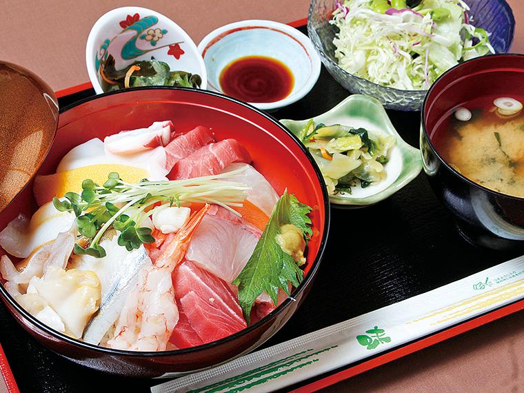 「海鮮丼」(1,000円)。仕入れにより内容が替わる場合あり