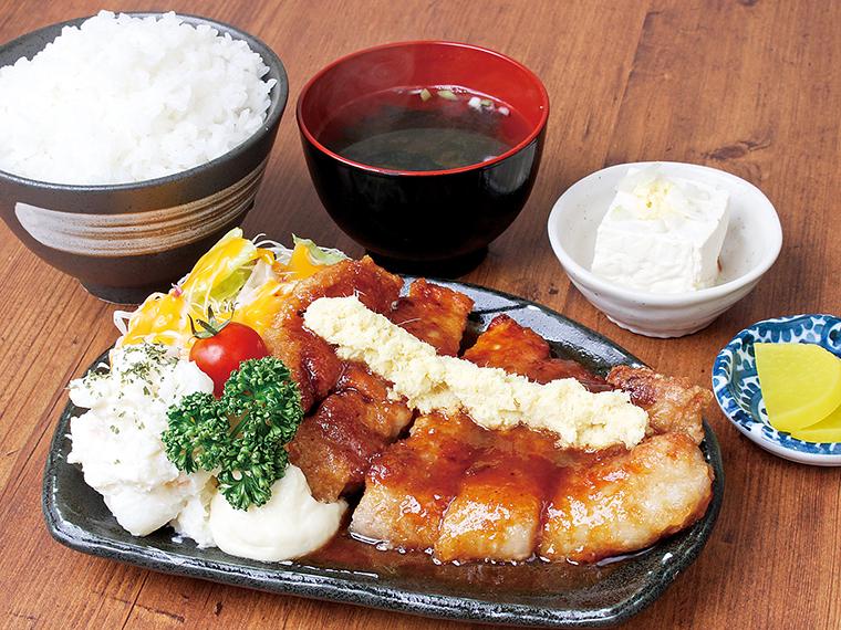 「元祖!しょうが焼き定食」(1,155円)。ライス、みそ汁、お新香付き。定食はテイクアウト可。弁当(前日まで要予約)もあり