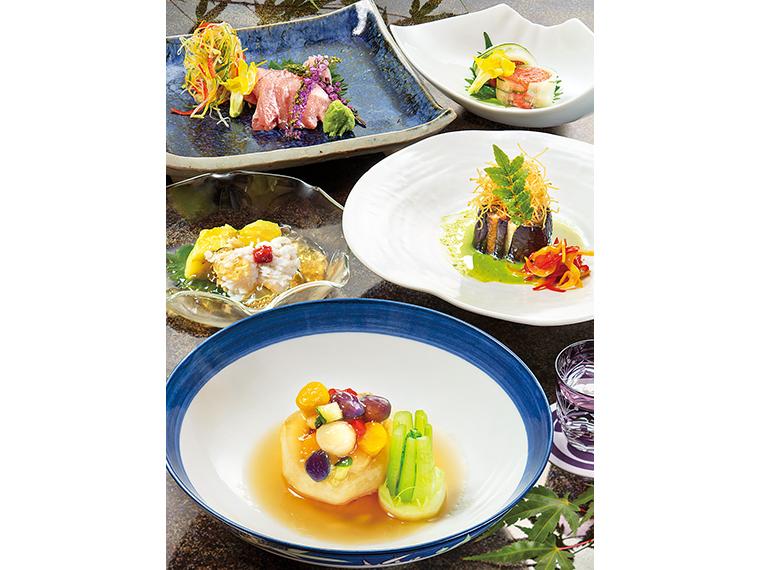 カブラの夏野菜射込み、ハモと翡翠ナスのゼリー酢かけなど、夏コース一例