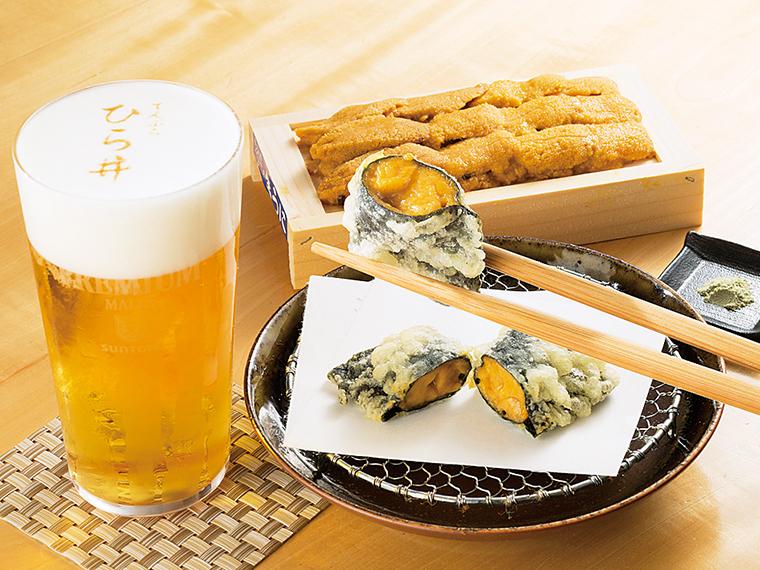 名物料理「ウニの天ぷら」。メッセージや写真も描ける「泡アートビール」はサプライズにおすすめ